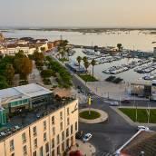 法魯酒店及海灘俱樂部