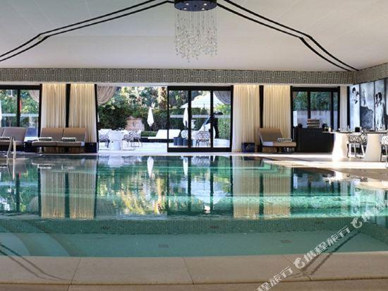 曼谷克雷斯典藏大都會酒店-雅詩閣有限公司(Metropole the Crest Collection by the Ascott Limited Bangkok)室內游泳池