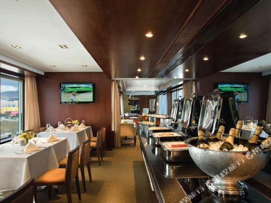 香港8度海逸酒店(Harbour Plaza 8 Degrees)Club Lounge