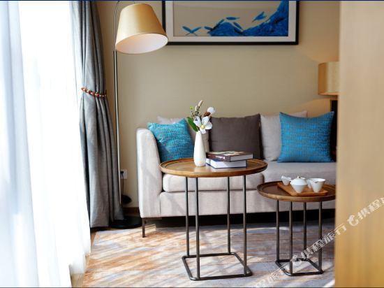 佛山友和酒店式服務公寓(Yuwa Residences & Hotel)豪華一房一廳