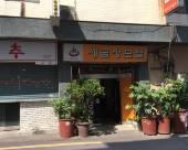 釜山SEGEUM JANG汽車旅館