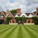 阿爾維斯頓莊園麥克唐納德酒店(Macdonald Alveston Manor Hotel)