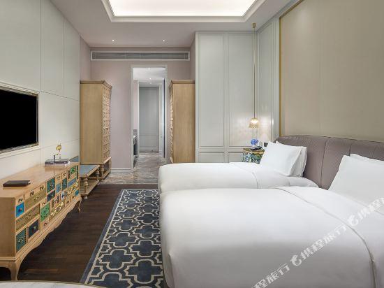 佛山羅浮宮索菲特酒店(Sofitel Foshan)奢華客房後現代風格雙床