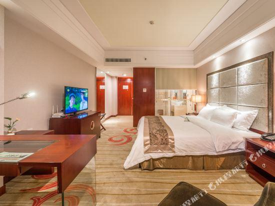 百盛達酒店(佛山千燈湖公園店)(Pasonda Hotel (Foshan Qiandeng Lake Park))行政尊享套房