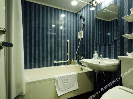 大阪蒙特利格拉斯米爾酒店(Hotel Monterey Grasmere Osaka)城景小型大床房