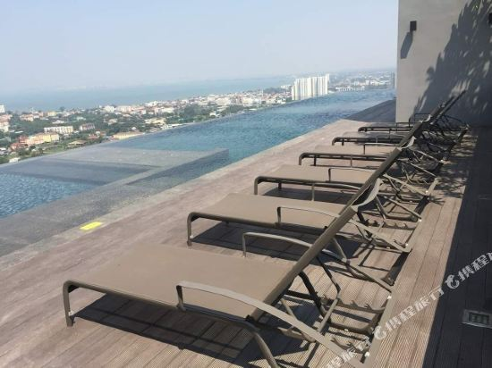 芭堤雅友客酒店式公寓 Pattaya Posh店(Youker Hostel Pattaya Posh)室外游泳池