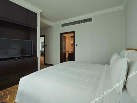 鉑爾曼吉隆坡城市中心大酒店(Pullman Kuala Lumpur City Centre Hotel & Residences)雙卧室公寓(1 張特大床和 2 張單人床)