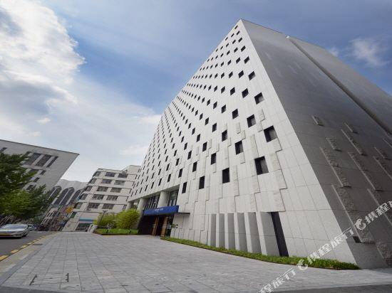 首爾明洞喜普樂吉酒店(原首爾黃金鬱金香M酒店)(Sotetsu Hotels The SPLAISIR Seoul Myeongdong)外觀