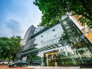 和酒店(深圳皇崗口岸店)(Hoper Hotel (Shenzhen Huanggang Port))