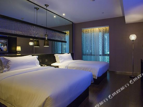桔子水晶酒店(廣州白雲機場店)(原花都店)(Crystal Orange Hotel (Guangzhou Baiyun Airport))高級雙床房