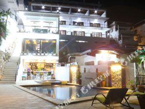 波爾多·格尼拉馬娜拉海景度假村(Manarra Sea View Resort)