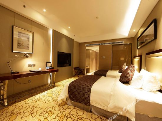 碧桂園空港鳳凰酒店(廣州新白云機場店)高級房