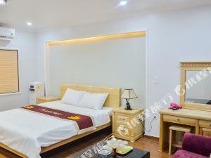 海防譚龍湖畔酒店