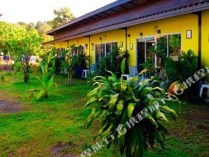 麗貝島利普綠洲度假村(Oasis Lipe Resort Koh Lipe)