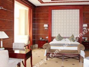 阿拉善左旗慶華大酒店