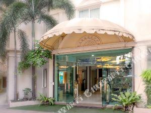 芭堤雅超級床酒店