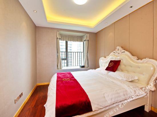 泰萊尚寓度假公寓(珠海海洋王國口岸店)(Tailai Shangyu Holiday Apartment (Zhuhai Ocean Kingdom Port))高級豪華尊享四房套房