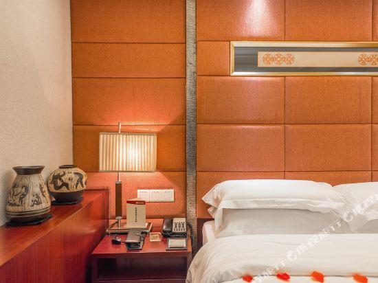 百盛達酒店(佛山千燈湖公園店)(Pasonda Hotel (Foshan Qiandeng Lake Park))零壓商務房