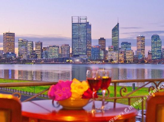 The Peninsula Riverside Serviced Apartments Perth