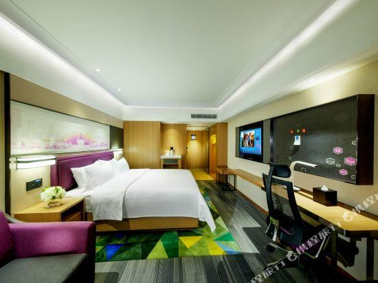 深圳阪田希爾頓歡朋酒店(Hampton by Hilton Shenzhen Bantian)高級大床房