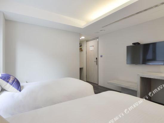 台中愛戀旅店(Amour Hotel)高級雙床房