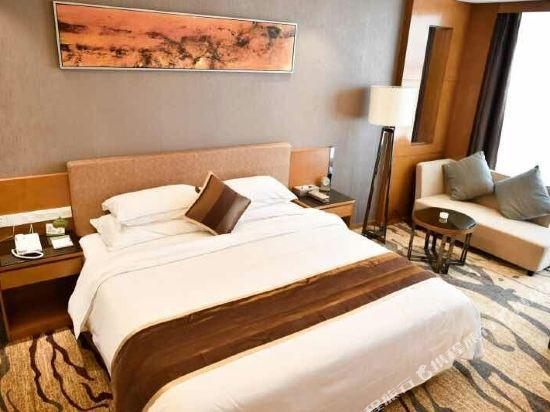 東莞金銀島國際大酒店(Treasure Island Hotel)商務大床房