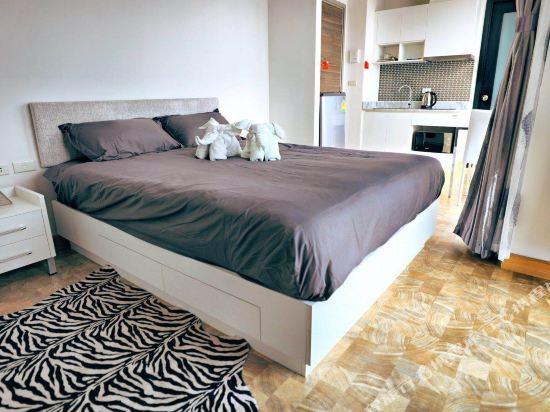 芭堤雅友客酒店式公寓 Pattaya Posh店(Youker Hostel Pattaya Posh)全明開間大床房