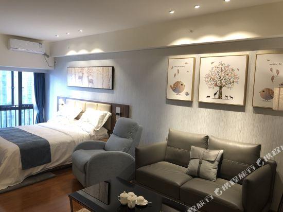 佛山雲谷酒店式公寓雲尚城景大床房