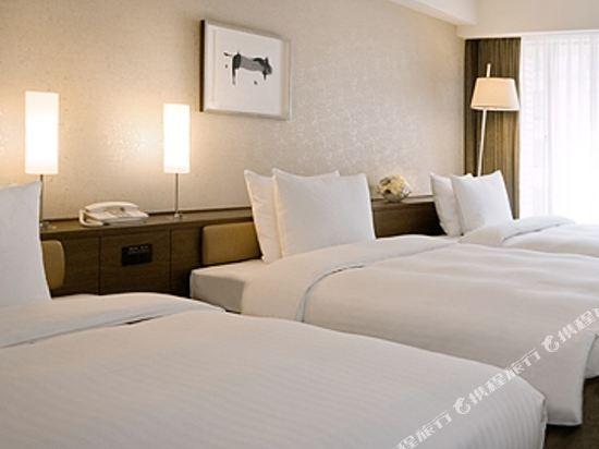 福岡日航酒店(Hotel Nikko Fukuoka)奢華三人房