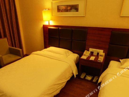 昆明荷泰花園酒店(Herton Garden Hotel)高級雙床房