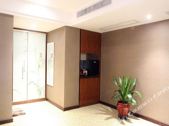 中山匯龍灣酒店(Huilongwan Hotel)豪華商務雙人間