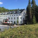布爾津賈登峪格林酒店