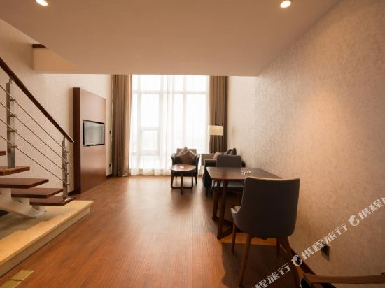 上海陸家嘴聯洋和頤酒店和頤復式套房