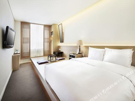 總統酒店(Hotel President)Deluxe Double(K.Style2)1280