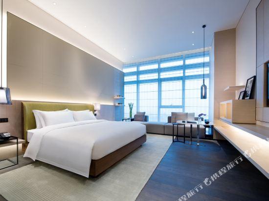佛山羅浮宮索菲特酒店(Sofitel Foshan)索菲特俱樂部奢華房現代風格