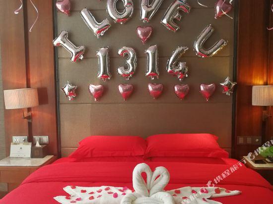 珠海棕泉水療酒店(Palm Spring Hotel)浪漫布置套房