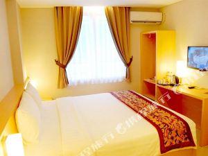 泗水貝基薩亞爾酒店(Bekizaar Hotel Surabaya)