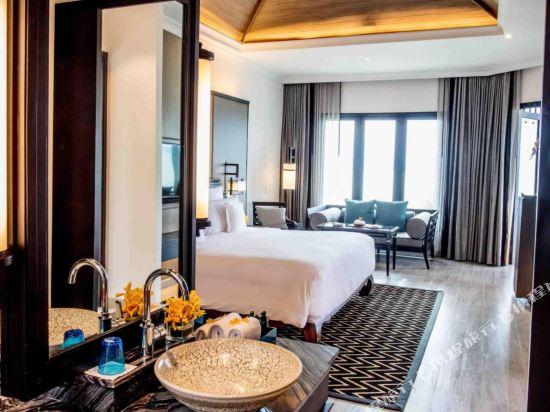 芭堤雅洲際度假酒店(InterContinental Pattaya Resort)全海景露台洲際俱樂部套房