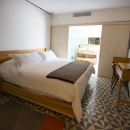 新萊昂酒店