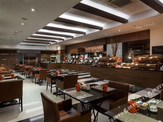 曼谷瑞博朗德酒店(Rembrandt Hotel Bangkok)西餐廳