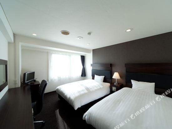 福岡博多站前陽光酒店(Hotel Sunline Fukuoka Hakata Ekimae)雙床房