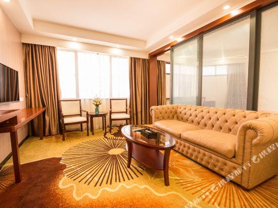 深圳寰宇大酒店(Shenzhen Universal Hotel)豪華套房