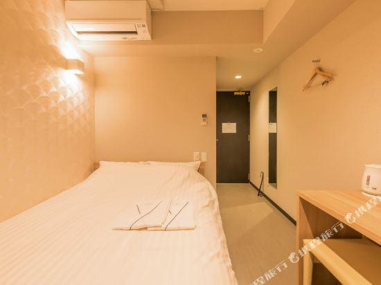 花築·大阪心齋橋酒店(Floral Hotel Shinsaibashi)大床房