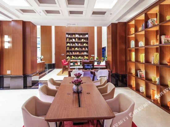 深圳阪田希爾頓歡朋酒店(Hampton by Hilton Shenzhen Bantian)公共區域