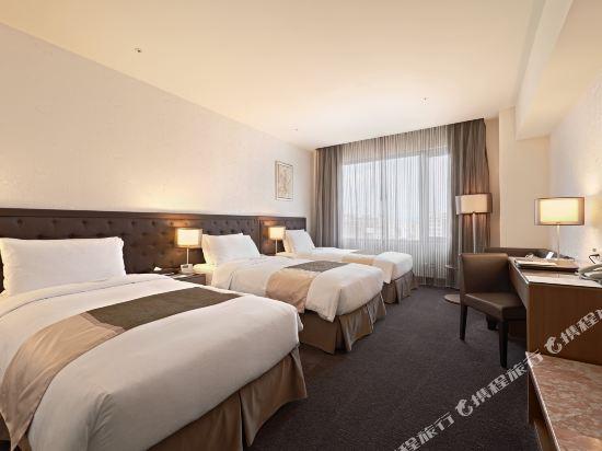 台北花園大酒店(Taipei Garden Hotel)特斯拉豪華三人房