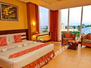 杜瑪格特倪卡諾酒店