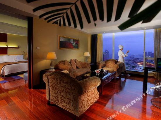 珠海來魅力假日酒店(Charming Holiday Hotel)行政海景套房