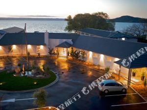 羅托魯瓦懷奧拉湖濱溫泉度假村(Wai Ora Lakeside Spa Resort Rotorua)