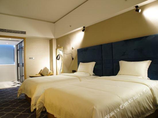 壹航酒店(深圳機場店)(Flight-One Hotel (Shenzhen Airport))豪華雙床房