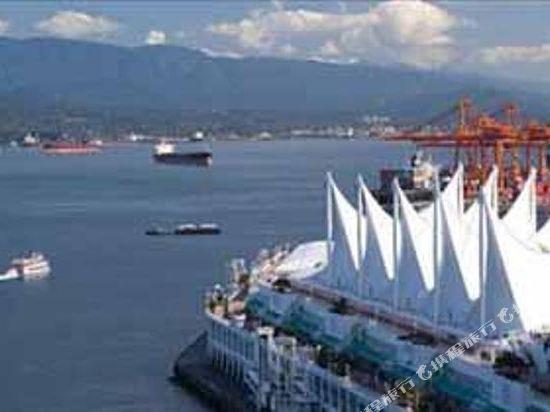 費爾蒙特環太平洋酒店(Fairmont Pacific Rim)黃金港景費爾蒙特房